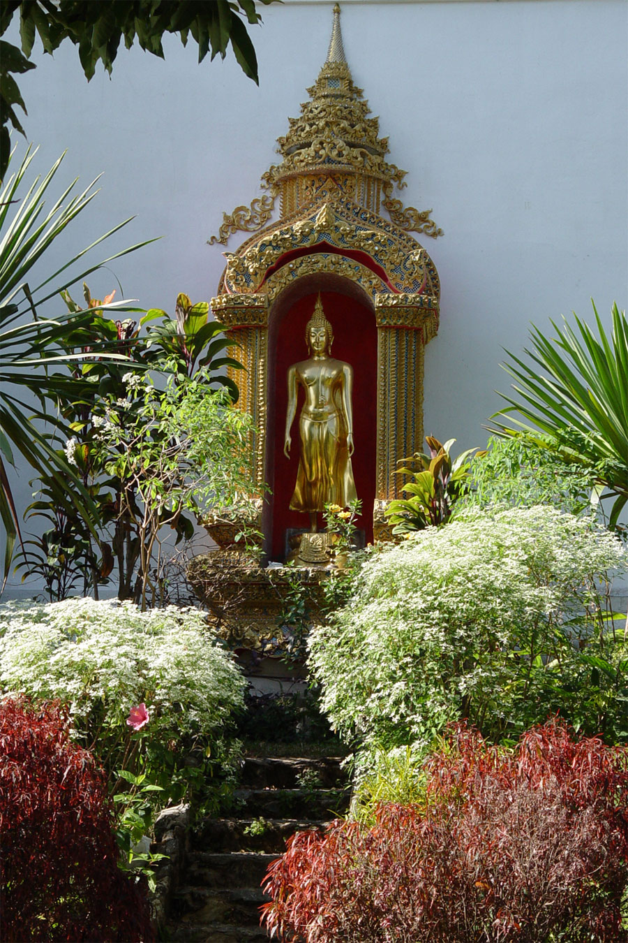 Picture of Buddha in Thai garden