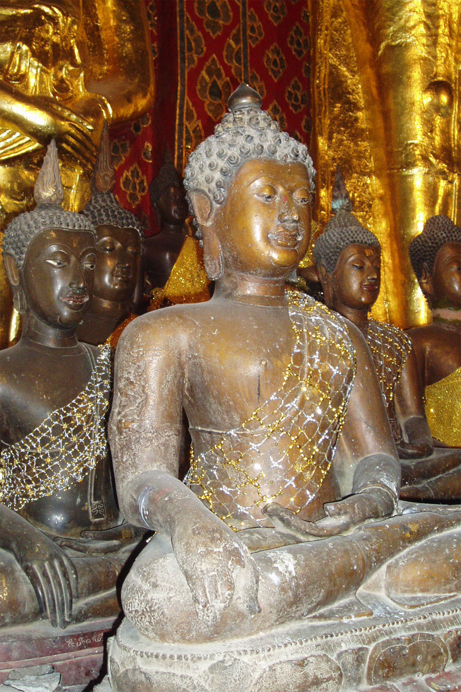 Picture of old Buddhas